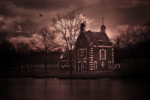 the most haunted houses in each state