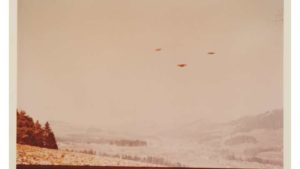 some of the most famous ufo photos go up for auction