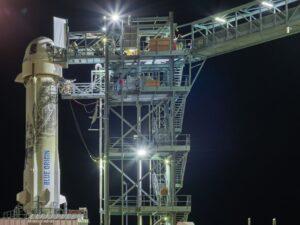 new shepherd spacecraft test flight scrubbed due to power glitch