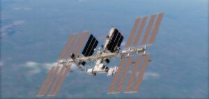 search continues on space station for air leak