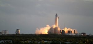space x starship test fires engine in preparation of test flight