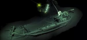 worlds oldest intact shipwreck discovered at bottom of Black Sea
